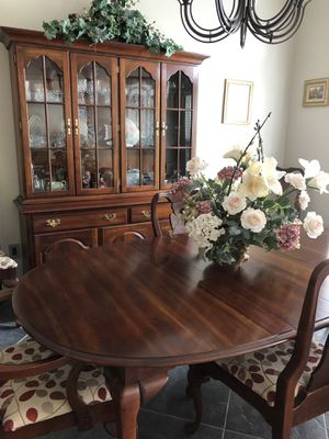 Dining Room-New Price for Sale in Casselberry, FL