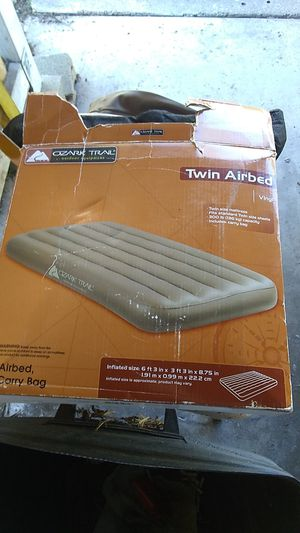 1 air bed one carry bag twin air bag Ozark trail for Sale in Chula Vista, CA