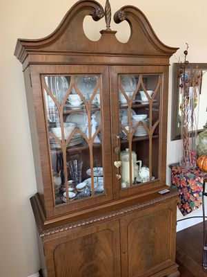 Antique China Cabinet for Sale in Fresno, CA