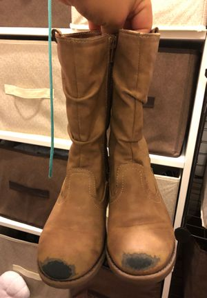 Girls kids shoes boots size 11 for Sale in Whittier, CA