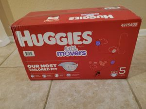Huggies Little Movers Size 5 for Sale in Mesa, AZ