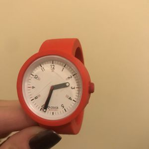 Obag O Watch Red Sz Xs for Sale in Lemont, IL