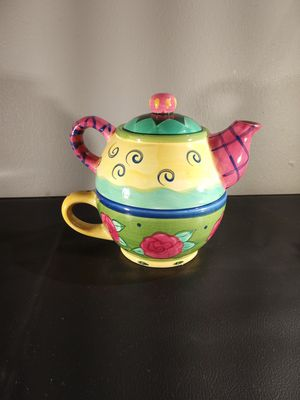 Tea/coffee cup and pot. for Sale in Ferguson, MO