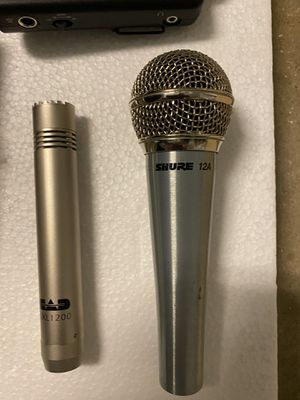 Microphones and guitar effects for Sale in Dallas, TX