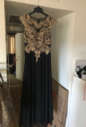 Evening gown/prom dress size M for Sale in San Diego, CA