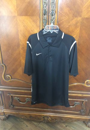 Mens Nike dress shirt for Sale in Luling, LA