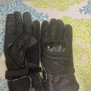 New Alpinestar Leather Motorcycle Gloves for Sale in Albany, CA