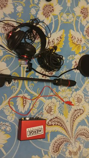 Mic and studio equipment for Sale in Pittsburgh, PA