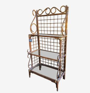 Antique Rattan bakers rack for Sale in Columbus, OH