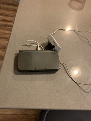 Nintendo 3ds XL and Charger for Sale in Tampa, FL