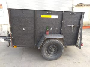 Trailer 5 ft x 7 ft for Sale in Fresno, CA