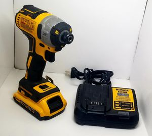 """DEWALT DCF887 20V MAX XR LITHIUM-ION BRUSHLESS 1/4""""CORDLESS IMPACT DRIVER SET for Sale in Miami, FL"""