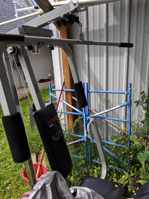 I have a nice NordicTrack elliptical must get rid of works great looks great not pictured in this photo in Mount Vernon for Sale in Mount Vernon, WA