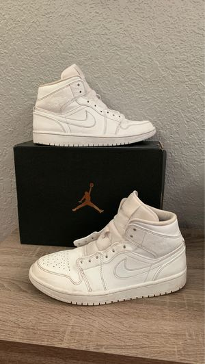 jordan's 1's all white size 8.5 for Sale in Boca Raton, FL