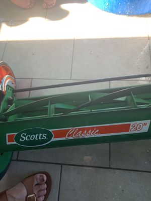 Lawn mower Scott's classic for Sale in Redlands, CA