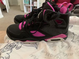 Girls 4.5 Jordan's Worn by my daughter 1time for Sale in Fontana, CA