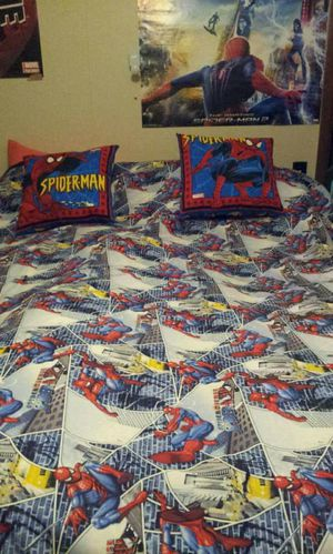 Spiderman blanket and pillows hommade for Sale in La Harpe, IL