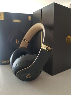 Beats Studio 3 Wireless Headphones (Skyline Collection- Shadow Gray) for Sale in Culver City, CA