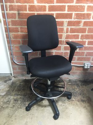 Office Master tall office chair for Sale in Pasadena, CA