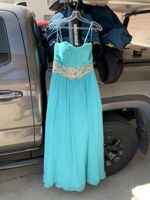Beautiful prom dress! Wore ONCE for my prom. Great condition! for Sale in Downey, CA