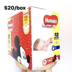 Newborn (Up to 10 lbs) Huggies Snug & Dry (140 diapers) - $20/box for Sale in Anaheim, CA