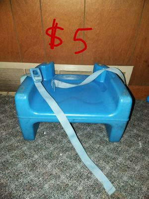 Double sided booster seat. for Sale in Middletown, PA