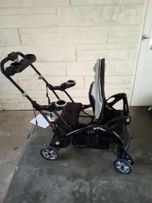 Baby Trend Sit n Stand Ultra for Sale in Evansville, IN