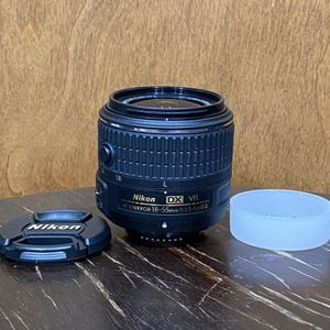 Nikon AF-S DX NIKKOR 18-55mm f/3.5-5.6G VR II Lens for Sale in Poway, CA