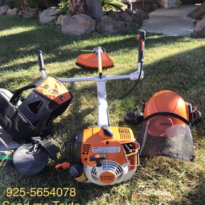 Desbrozadoea STIHL Fs 450 Y Desbrozadora Fs 45 Con Aditamentos Like New for Sale in Byron, CA