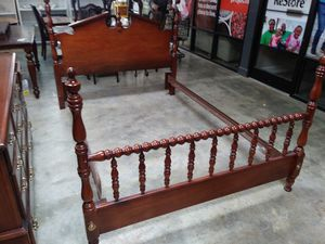 Queen 0r Full Bed Mahogany Wood for Sale in Lexington, KY