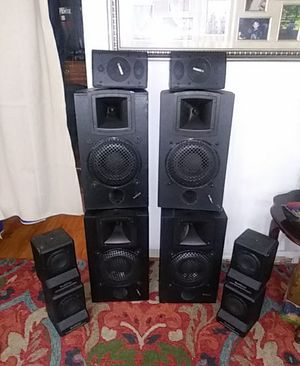 2 Yamaha Tweeters,4 TouchTunes Speakers,4 12inch TouchTunes Speakers, 2 RMX 1450 QSC Audio 250 watt amps, Peavey Mixer for Sale in Northwest Plaza, MO