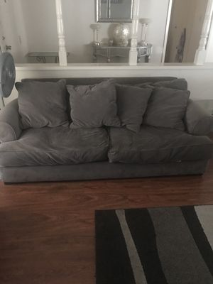 Grey couch for Sale in San Lorenzo, CA