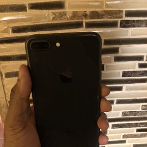 64Gb Black iPhone 8 Plus(8+) - Factory Unlocked. for Sale in Brooklyn, NY