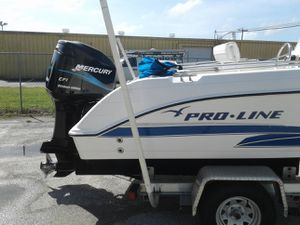 2002 Pro-line Center console. Comes with fully rebuilt 200 hp EFI MERCURY for Sale in Edgewater, FL