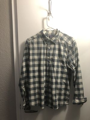 Patagonia button up shirt men's small for Sale in Sacramento, CA