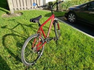 26 inch Specialized, 24 speed Bicycle for Sale in Pembroke Pines, FL