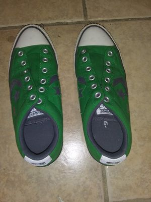 Green low top converse for Sale in Haines City, FL