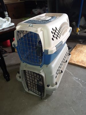 2 small pet crates for Sale in Abilene, TX