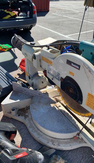 Makita compound miter saw LS1211 $100 for Sale in Oakland, CA