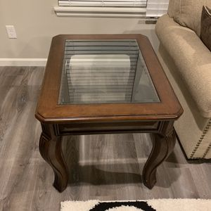 End Table for Sale in Hillsboro, OR