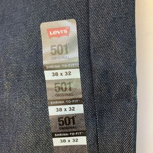 Mens Levis 38x32 straight Shrink-To-Fit Button-Fly Indigo Blue NWT Jeans for Sale in Olney, MD
