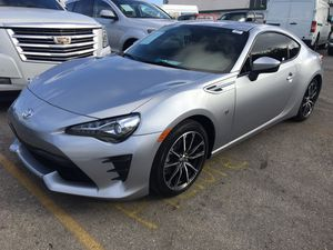 2017 Toyota 86 !! Manual Transmission!!! One owner clean car fax!!! for Sale in Pembroke Park, FL