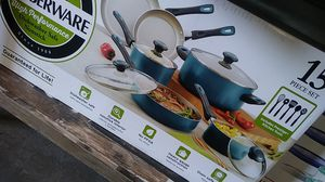 15 piece pots and pans set with kitchen tools for Sale in Dallas, TX