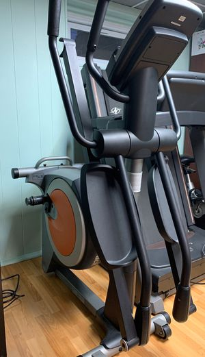 NordicTrack elliptical E5vi for Sale in Hicksville, NY