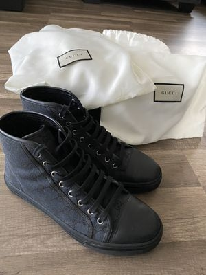Gucci GG Canvas Sneakers sz 7 for Sale in Los Angeles, CA