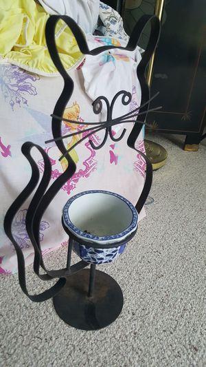 pot plant holder for Sale in Harrisonburg, VA