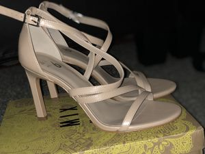 Women Heels Sandals. for Sale in Chicago, IL