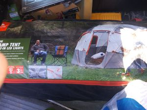 12 man base camp tent with led lighting for Sale in Bastrop, TX
