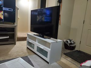 55 inch Samsung TV and entertainment center for Sale in Gresham, OR