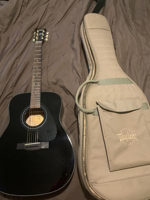 Yamaha acoustic guitar with a Case for Sale in West Haven, CT